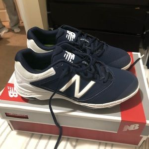 BRAND NEW New Balance Softball Cleats